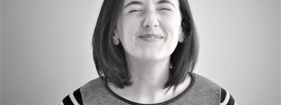 ¡Conoce a nuestro equipo! Julia, la Co-Fundadora que no puede privarse de queso y vino