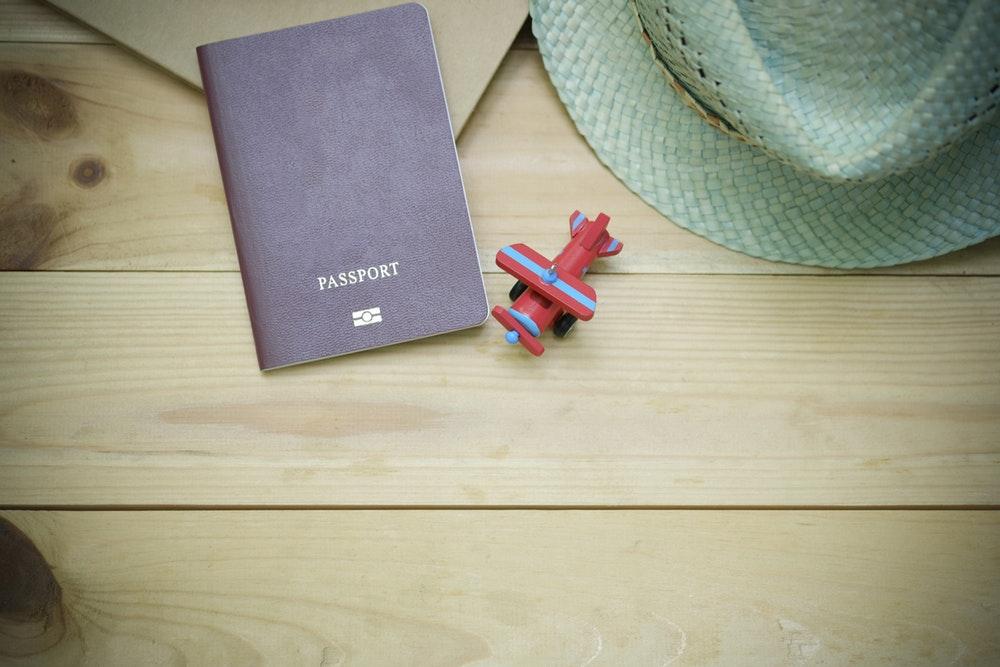 Cómo renovar el pasaporte y el DNI en Reino Unido - EazyCity Blog