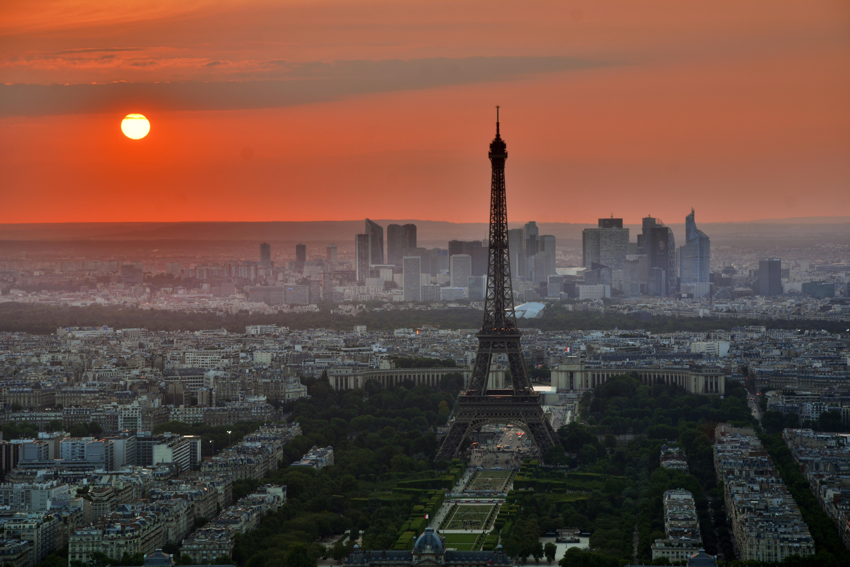 Atardecer en París, Francia