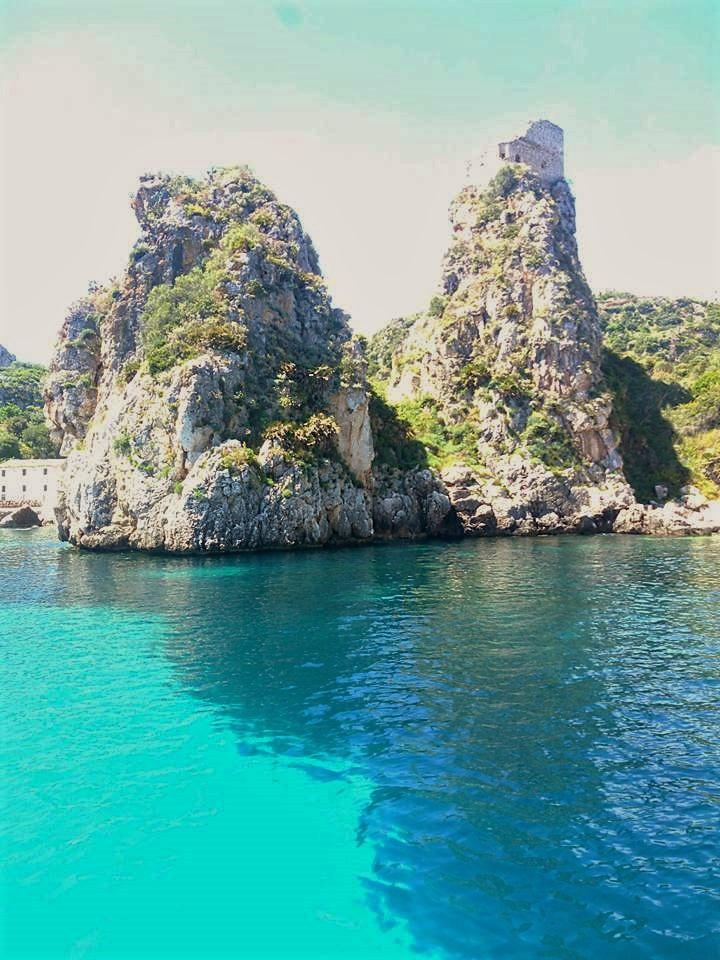 Sicilia mare e scogliere