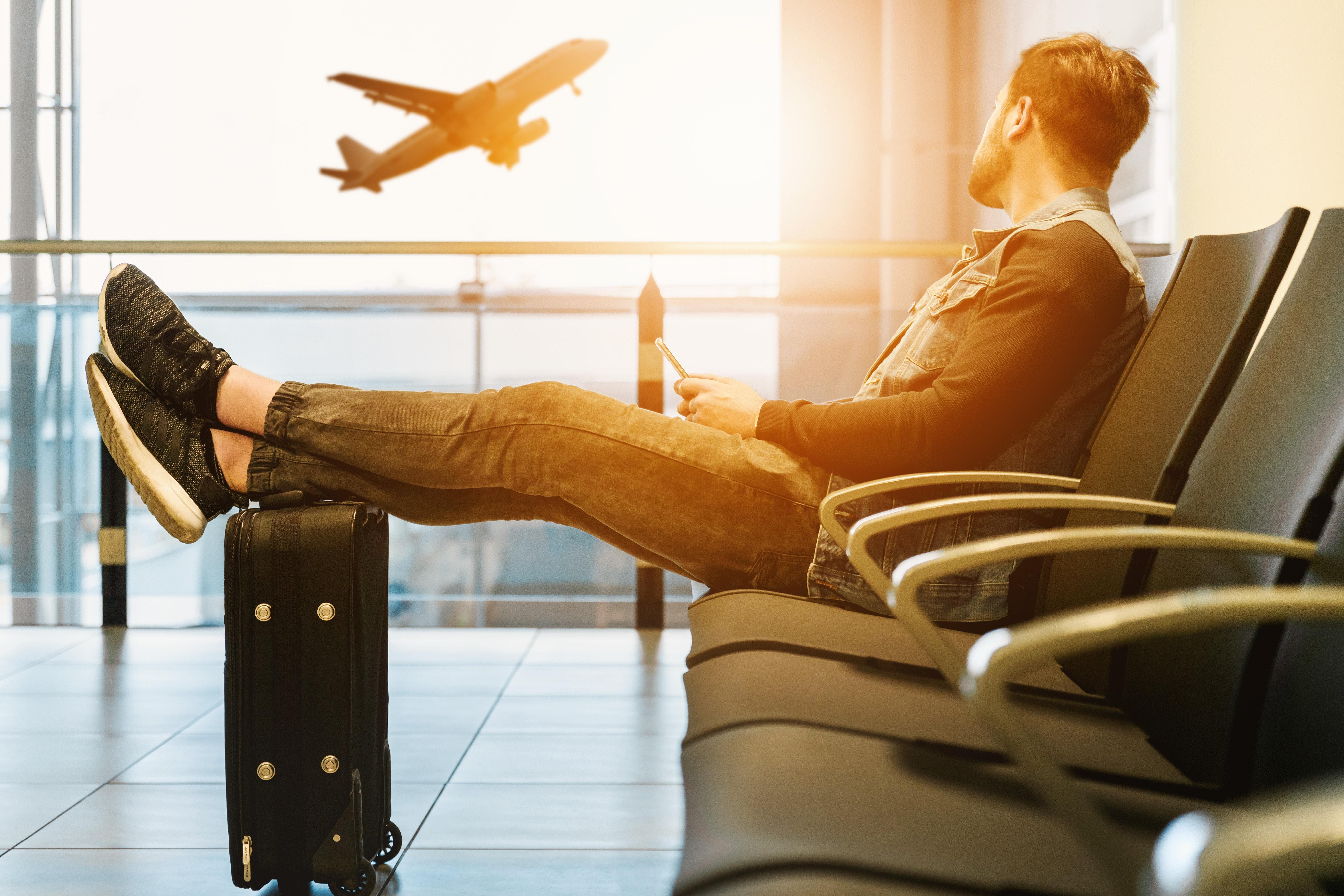 Viajar es uno de los beneficios de trabajar en el extranjero