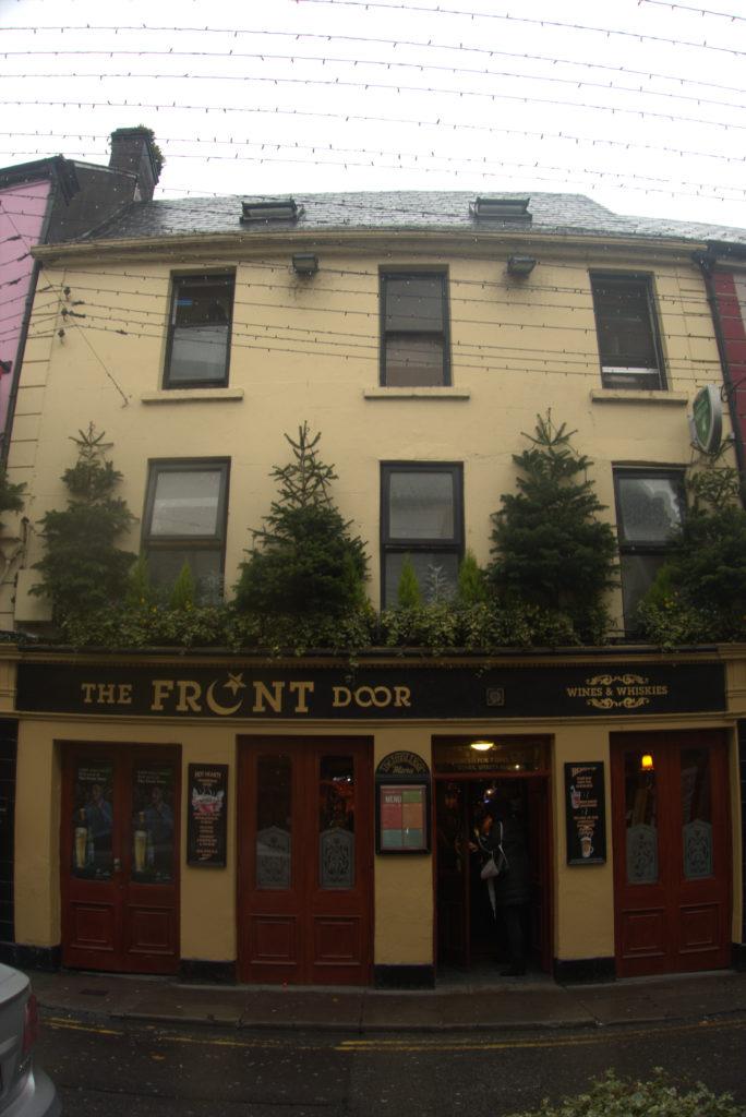 Guida ai migliori pub con musica dal vivo a Galway: The Front Door