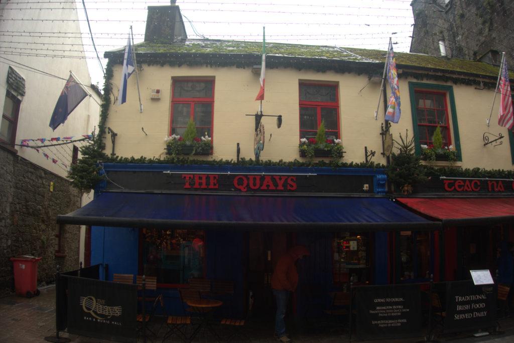 Guida ai migliori pub con musica dal vivo a Galway: The Quays Bar